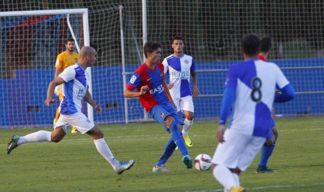 """Javier Ribelles: """"Ahora los equipos se fijan más en los jugadores que se forman en escuelas"""""""