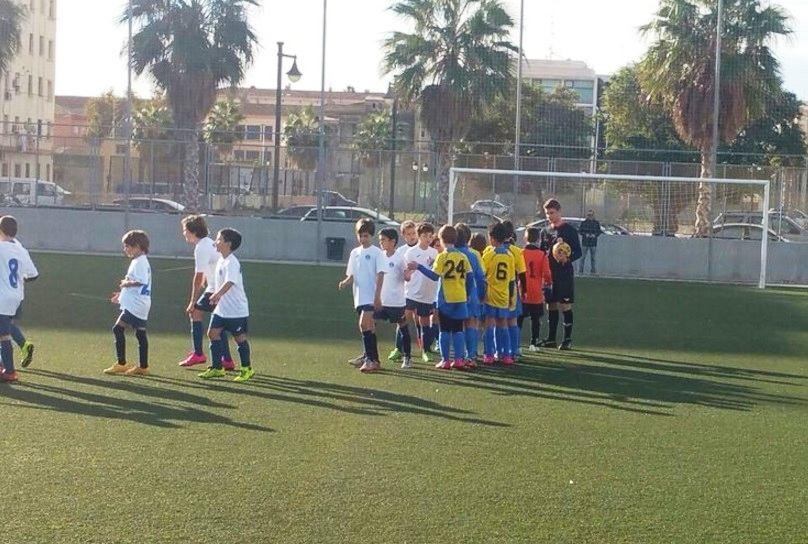 Marítimo y Atletic Amistad se saludan   Foto: Atletic Amistat