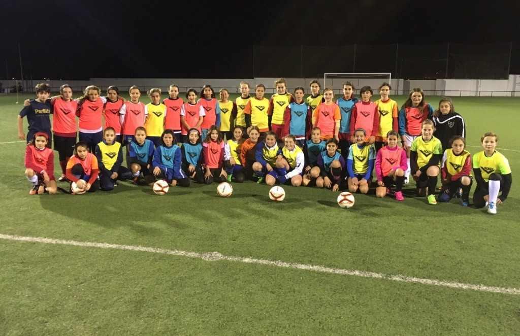 Imagen de la selección sub-12 femenina | Foto: FFCV