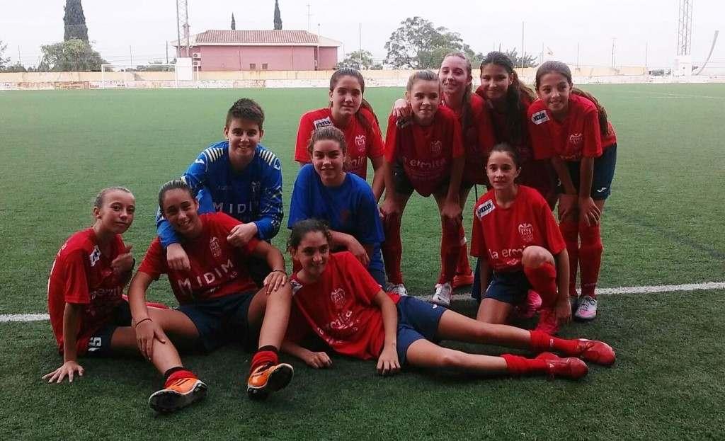 Las jugadoras del Picassent CF Cadete-Infantil | Foto: Picassent CF