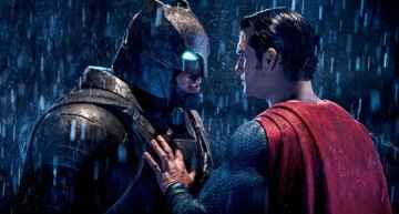 'Batman vs Superman': oscuro festival de mamporros