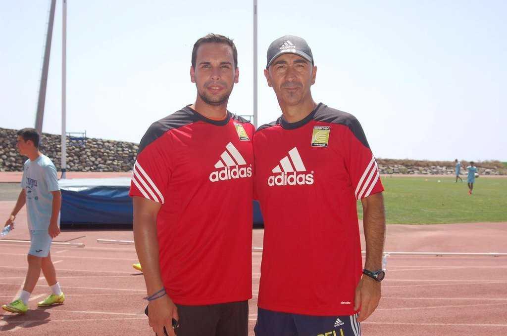 Pako Ayestarán también ha puesto ha sido entrenador Coerver | Foto: Coerver