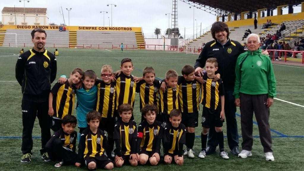 El equipo del Paterna CF 'C' prebenjamín | Foto:  Paterna CF