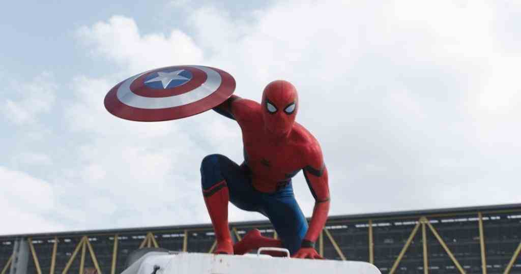 Spider-Man (Holland) entra en escena | Foto: Marvel