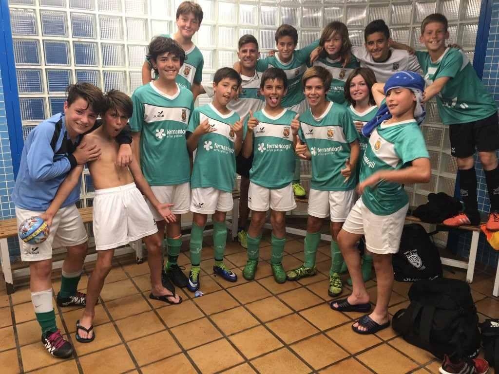 Tavernes Blanques ganó un partido clave para salvarse | Foto: Ximo Mateu