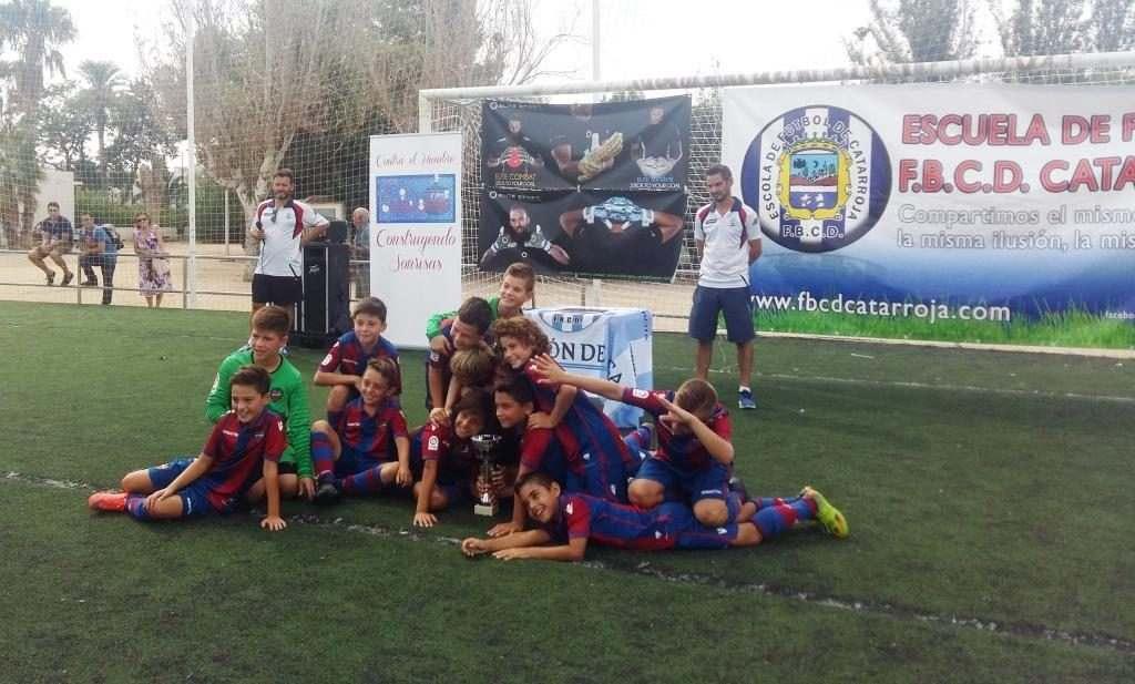 Levante UD, campeón Benjamín Segundo Año | Foto: Óscar Banacloy