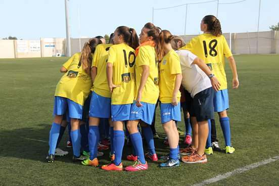 Imagen de archivo de jugadoras del CD El Campello en el año 2015 | Foto: CD El Campello
