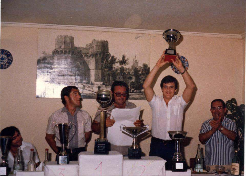 Paco Polit, en una entrega de trofeos en los años 70 | Foto: Familia Paco Polit