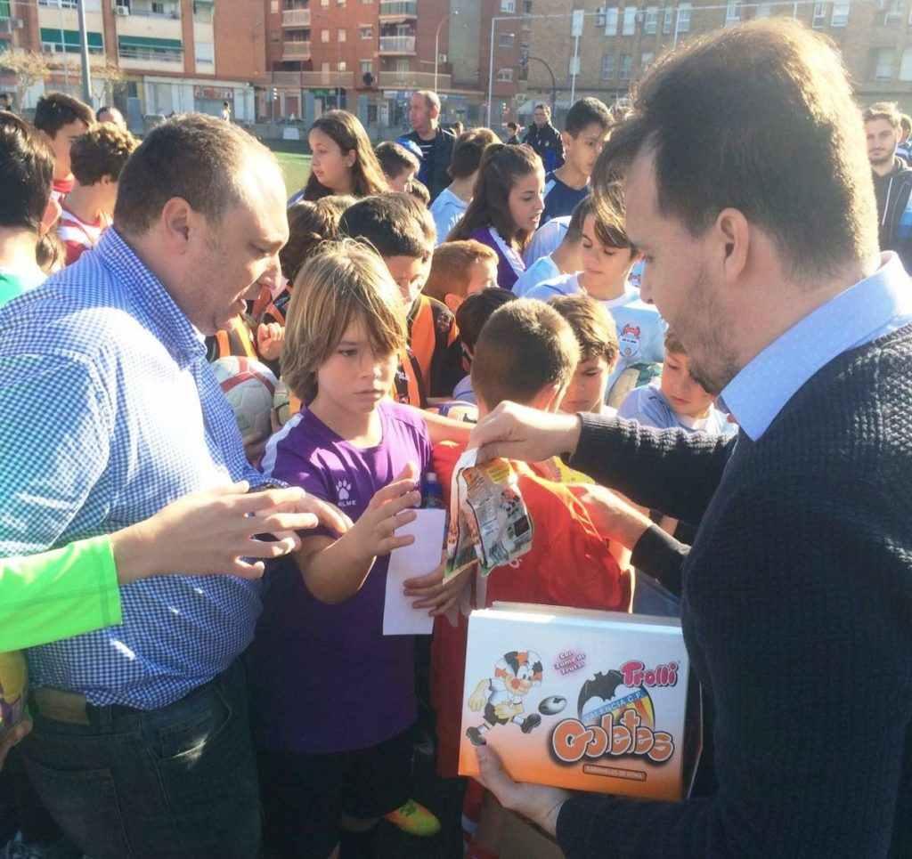 Trolli obsequió a los participantes con gominolas | Foto: Emilio González
