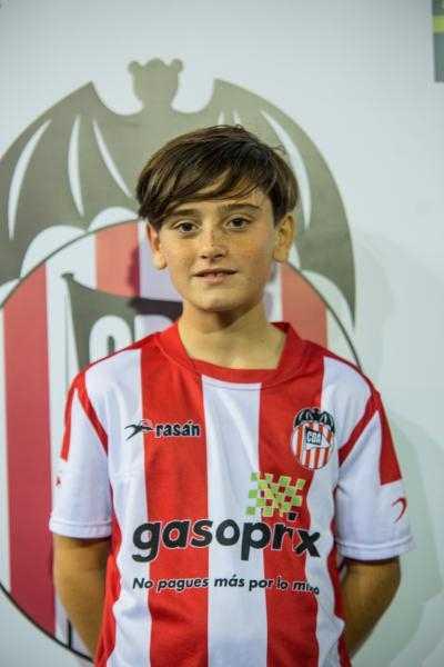 Oscar Pires, uno de los goleadores de la victoria del Acero | Foto: CD Acero
