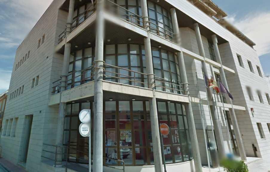 Centre-Cultural-de-Sollana-02