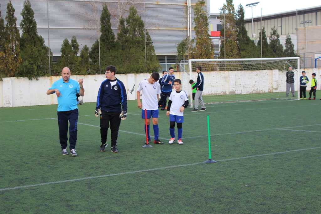 Ginés, Sergio y Héctor (de izquierda a derecha) jugadores del Atletic Unión Catarroja | Foto: Ángel Ferrer