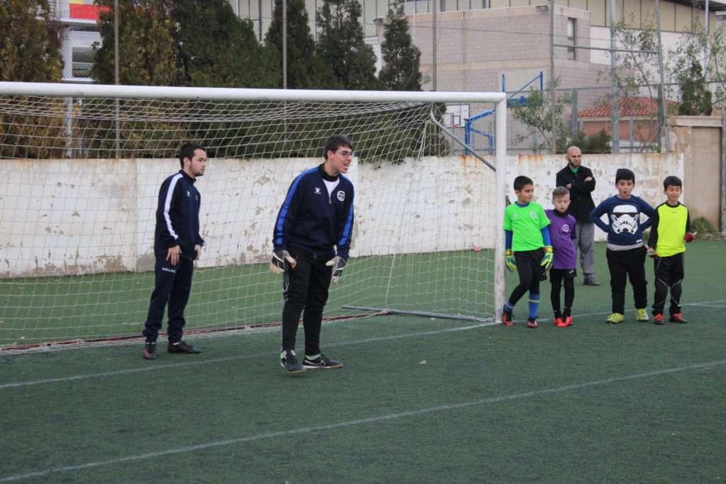Ginés, portero durante el entrenamiento | Foto: Ángel Ferrer