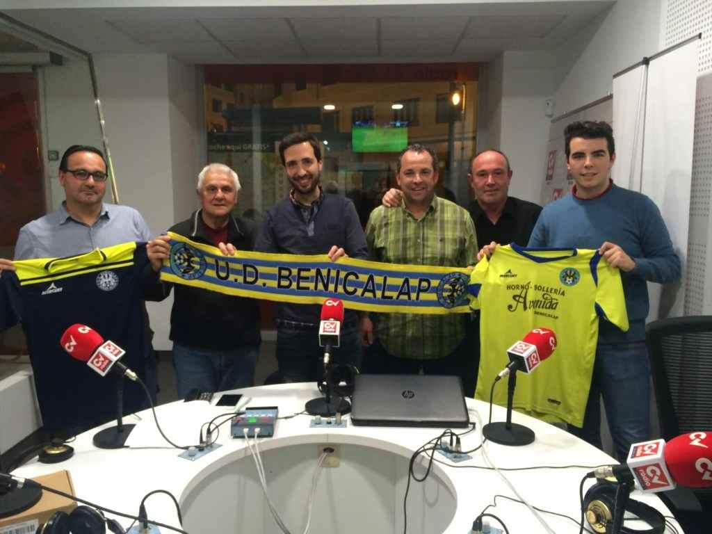 Directiva de UD Benicalap en su visita a CV Radio | Foto: Esportbase
