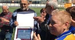 Homenaje sorpresa a Pepe Ibáñez, pionero del fútbol femenino en la Comunitat Valenciana
