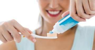 'Ningún exceso es bueno': cuando cuidarse demasiado los dientes perjudica tu salud dental