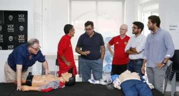El Valencia pone en marcha sus jornadas de actualización de emergencias en el fútbol