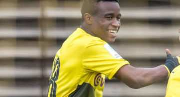VIDEO: Youssoufa Moukoko ya lo 'peta' con 12 años en el equipo Sub-17 del Borussia Dortmund