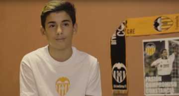VIDEO: Escoles Cor Blanquinegre ayuda a José a ganar su 'partido'