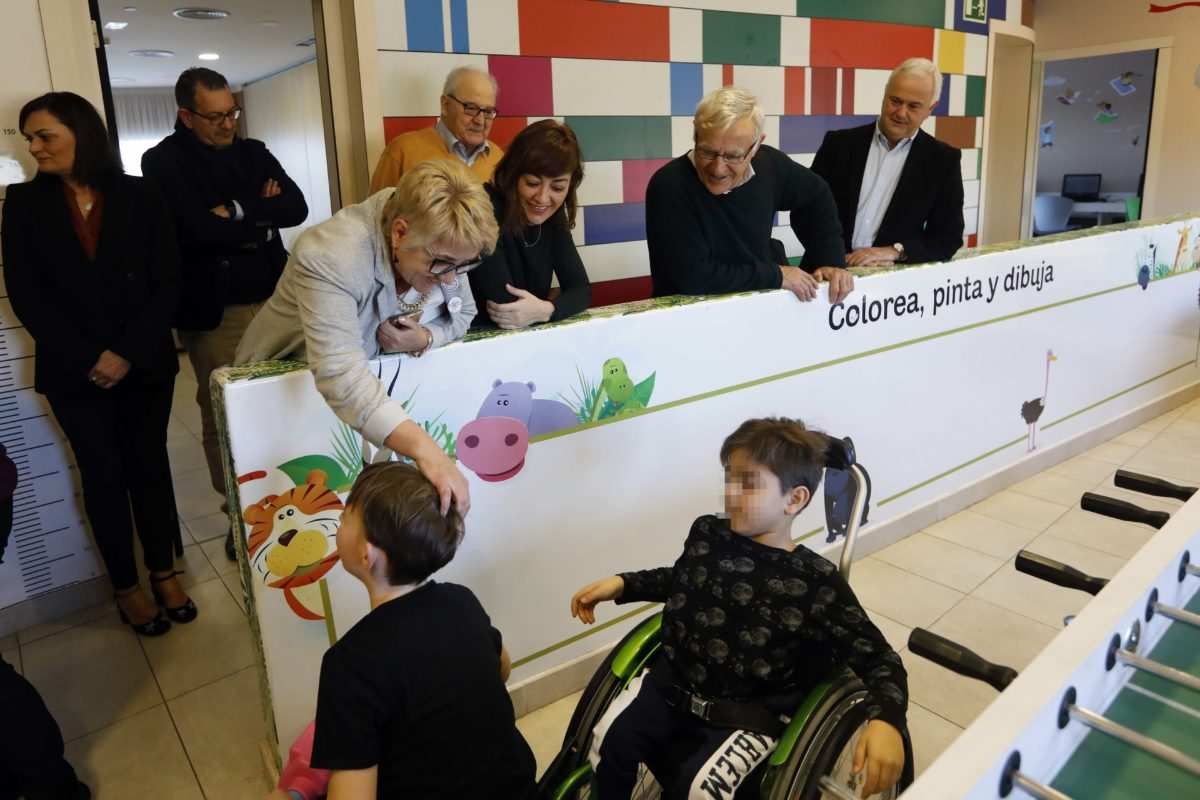 El alcalde rib y la concejala de bienestar social visitaron la casa ronald mcdonald valencia - Casa ronald mcdonald valencia ...